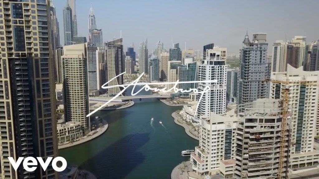 Stonebwoy ft. Sarkodie – Odo Bi (Video)