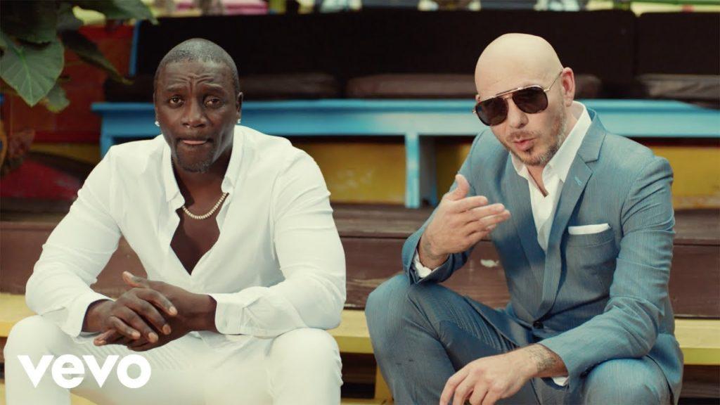 Akon – Te Quiero Amar Ft Pitbull (Video)