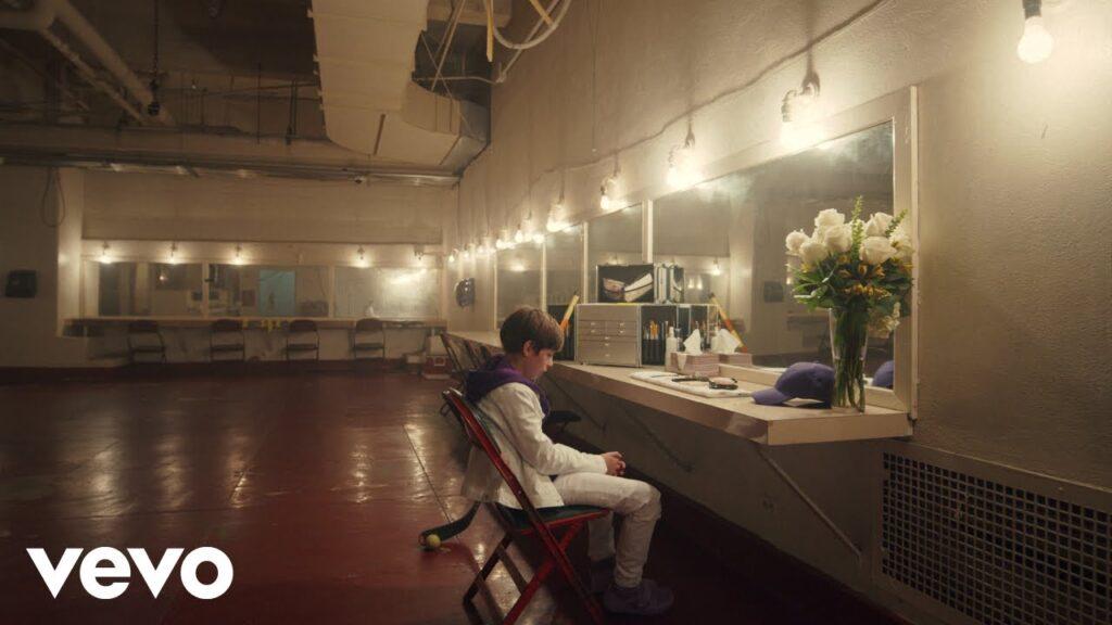 Justin Bieber – Lonely Ft Benny Blanco